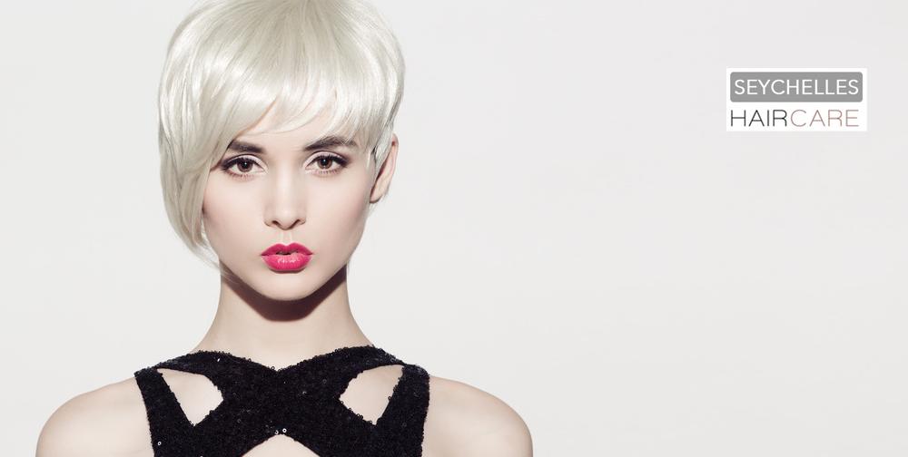 Femme-blonde-Salon-seychelles-coiffure-orvault